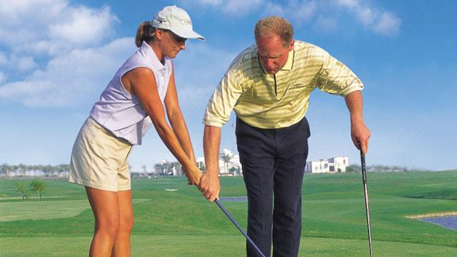 A golf lesson in Dubai