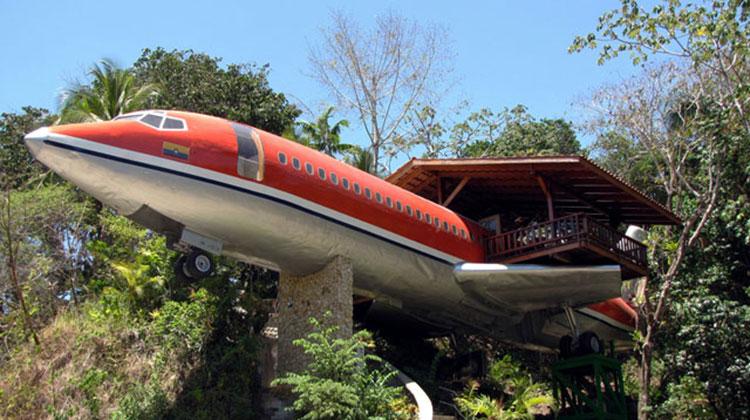 1965 Boeing 727 hotel, Costa Rica