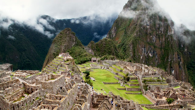 Landscape view of the stunning mountains of Peru.